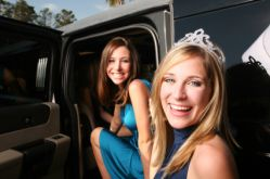 Prom Limousines Serves Chicago and Suburbs